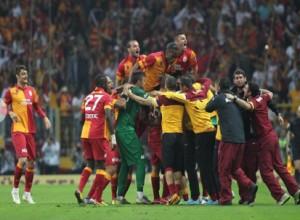 Spor Toto Süper Ligin 32. haftasında Galatasaray, sahasında ağırladığı Sivassporu mağlup ederek şampiyonluğunu ilan etti.