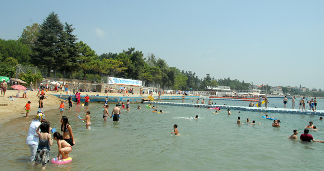 Tuzla Plajı'na Büyük Onur…