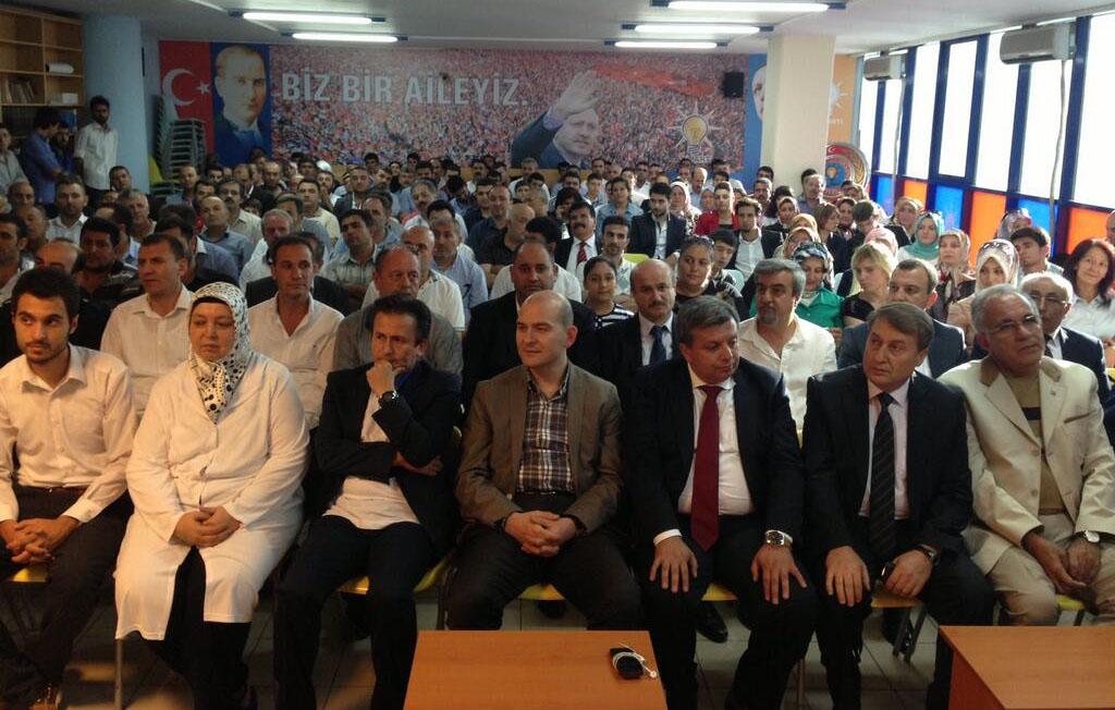 Raşit Gökdemir ve Bahrem Kuruağaç Ak parti ailesine katıldı.