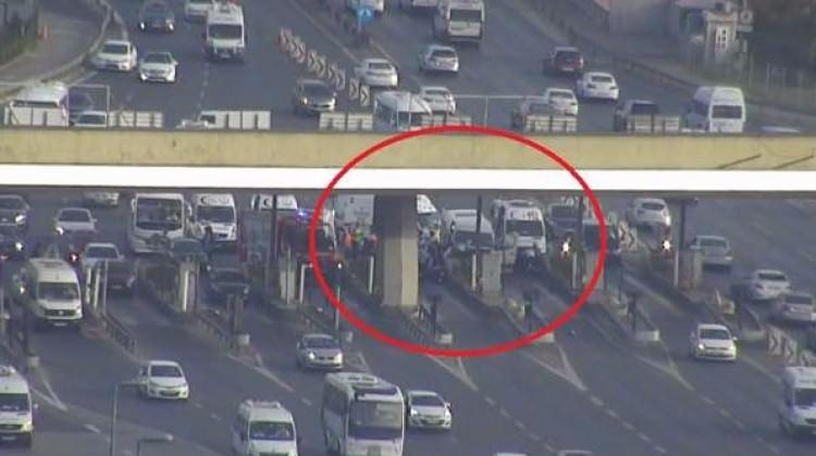 Boğaziçi Köprüsü'nde trafiği felç eden kaza!
