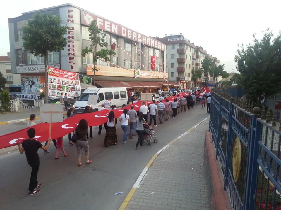 Tuzla'da Cumhuriyet Yürüyüşü