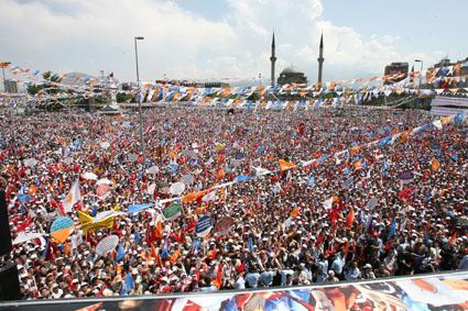 Tuzla AKP'den Kazlıçeşme'ye Çıkarma