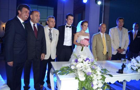 Salim Gürsoy Oğlunu Evlendirdi