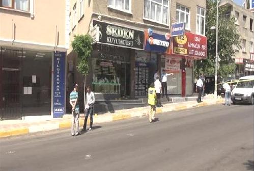 Tuzla'da kuyumcu soygunu