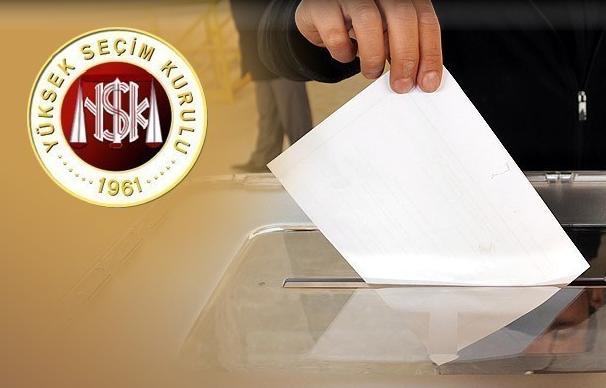 Seçimlere 25 siyasi parti katılıyor.