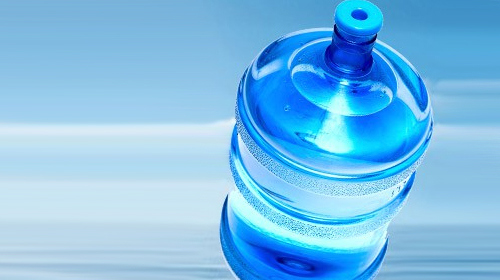 Su değil zehir içiyoruz….