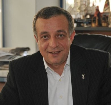 Gazeteci ve Yazar Hakan MANİCİ'den kutlama mesajı